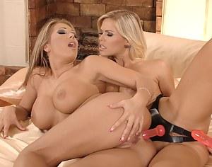 Lesbian Strapon Porn Pictures